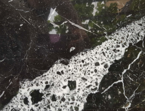 Détail marbre Black Marquina